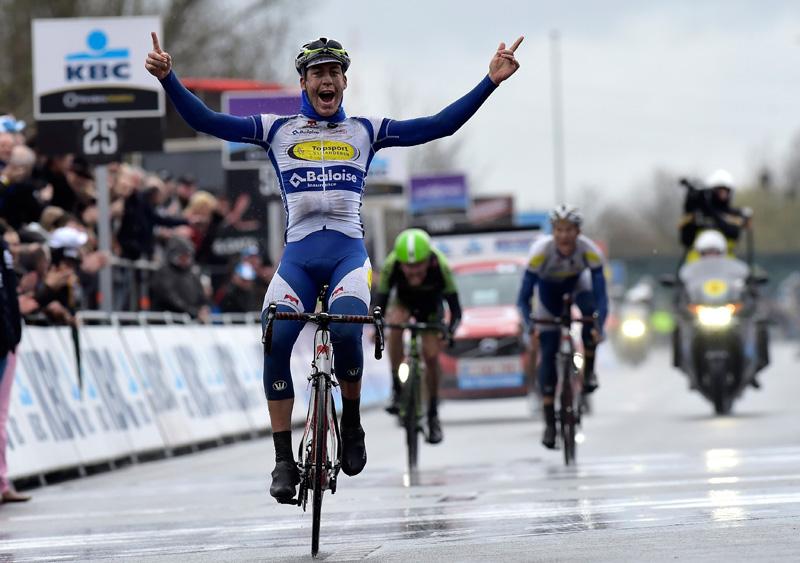 Jelle Wallaysgewinnt Dwars door Vlaanderen 2015