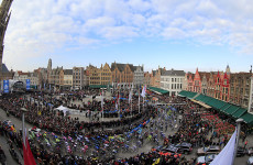 Marktplatz in Brügge; Rechte: Roth-Foto