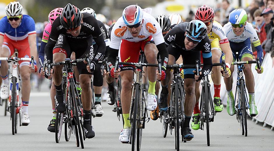 Sprint der 2. Etappe; Rechte: Roth-Foto