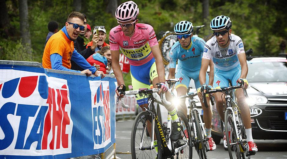 Alberto Contador vor Fabio Aru und Mikael Landa (Foto: Roth&Roth; Roth-Foto.de)