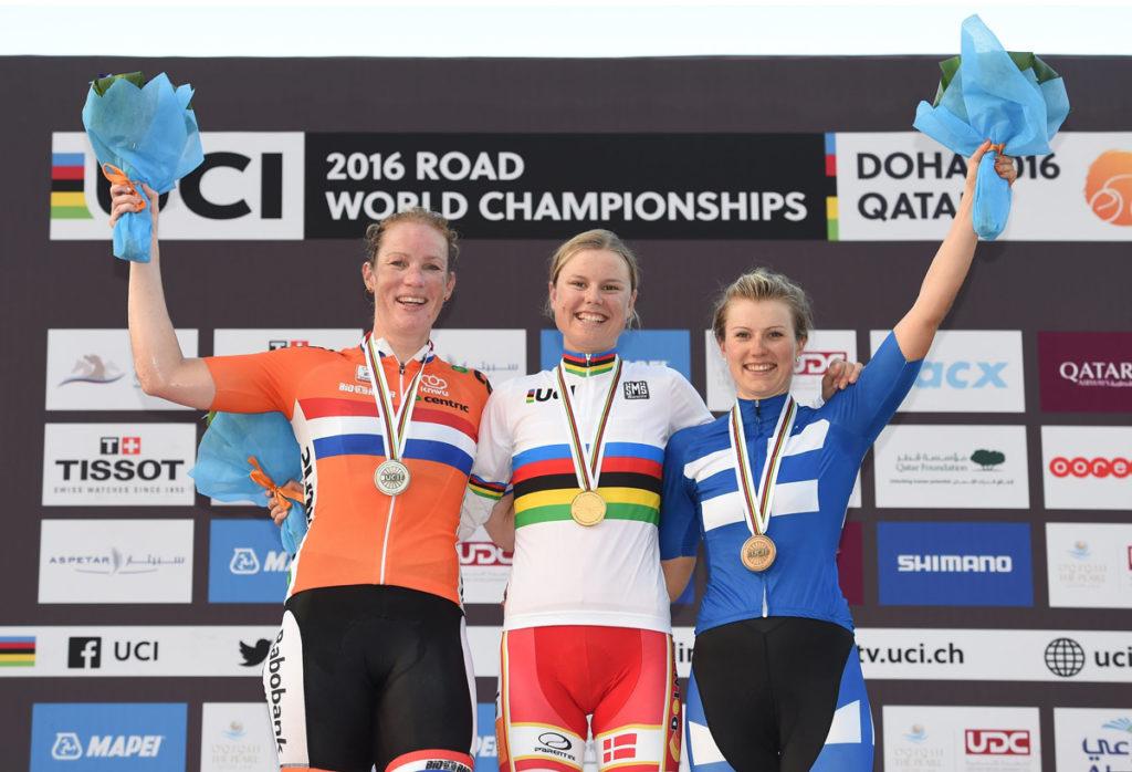Die Medaillengewinnerinnen des WM-Straßenrennes 2016 (Foto: Roth&Roth)